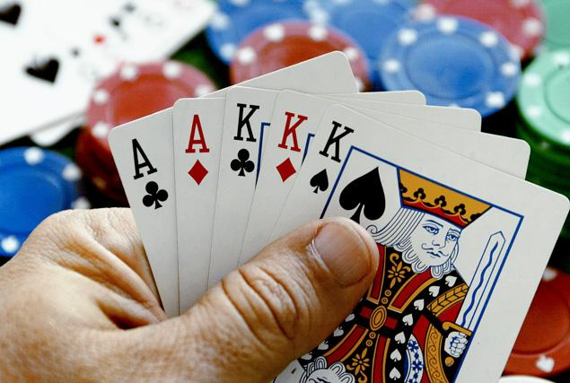 Gambling Addiction Affects More Men & Women, Seduced By Growing Casino Accessibility