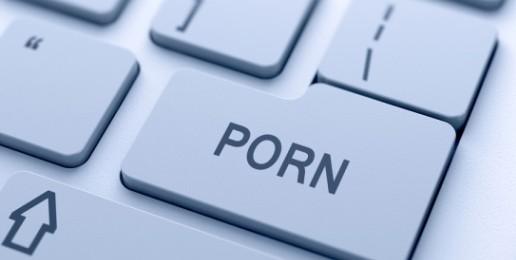 Porn Addiction Looks Similar to Drug Addiction