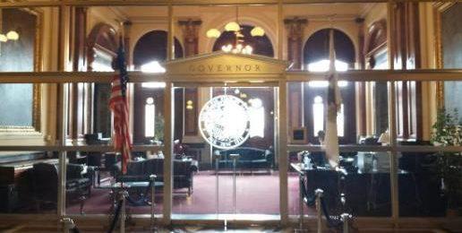 Illinois Senate Approves Transgender Birth Certificates — Contact Gov. Rauner!