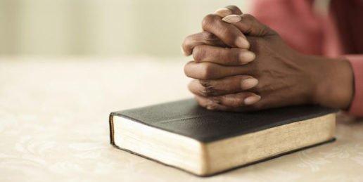 Pastors Descend on Springfield in Prayer