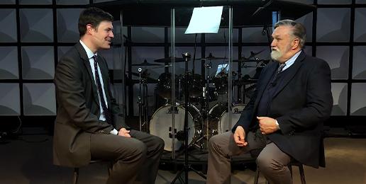 """Conversation Between Pastors Doug Wilson and Derek Buikema on the """"Trans"""" Ideology"""