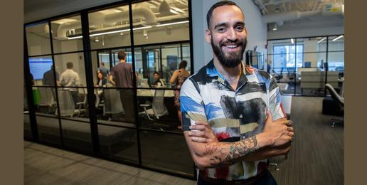 Chicago Tribune Cheers Gender-Neutral Workplaces
